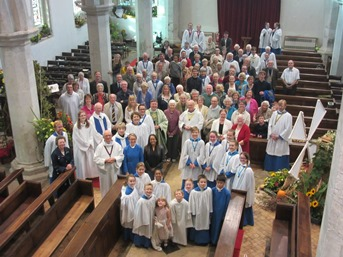 Congregation at Parish Eucharist.jpg (1)